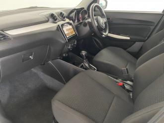2019 Suzuki Swift AZ GL Navi Hatch Image 5