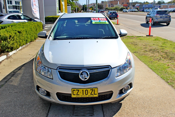 2014 Holden Cruze JH Series II  Equipe Sedan Image 3