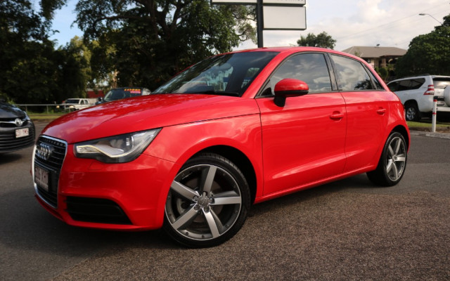 Audi A1 ATTRACTION 8X MY12
