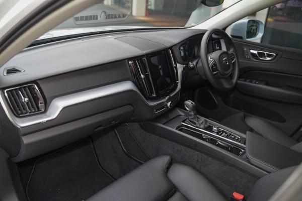 2020 Volvo XC60 (No Series) MY20 D4 Momentum Suv Image 5