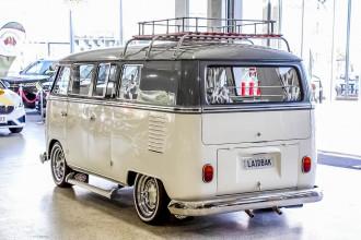 1966 Volkswagen Kombi Transporter Type 1 Double Door Van Image 2