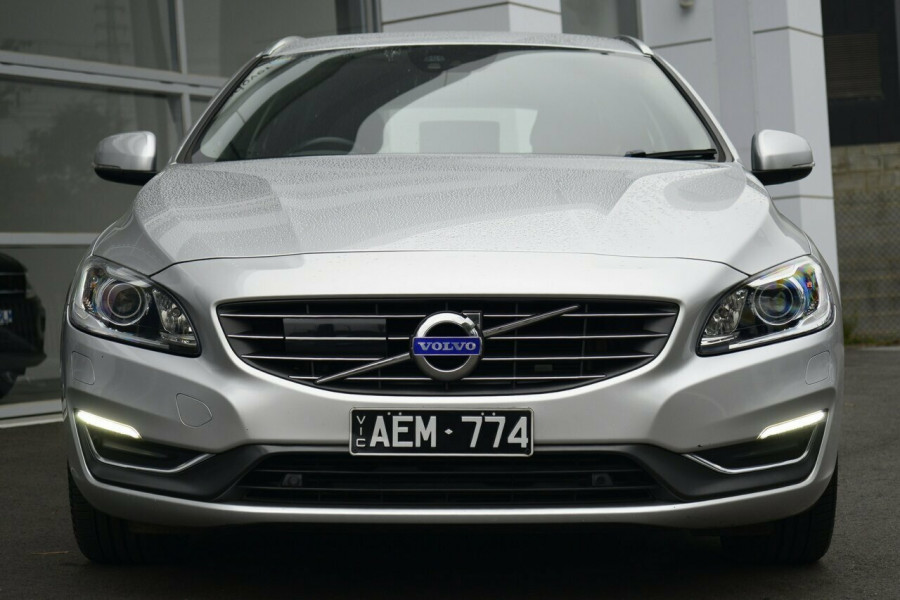 2013 MY14 Volvo V60 F Series MY14 D4 Geartronic Luxury Wagon Image 17