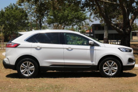 2018 MY19 Ford Endura CA  Trend Suv Mobile Image 8