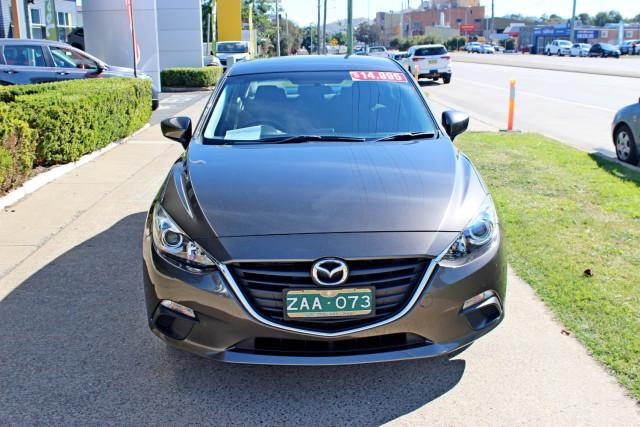 2015 Mazda Mazda3 BM5278 Neo Sedan Image 3