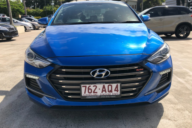 2016 MY17 Hyundai Elantra AD  SR Turbo Sedan Image 2