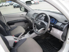 2008 MY09 Mitsubishi Triton ML  GLX Cab chassis - single cab