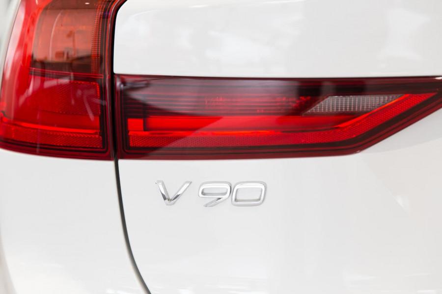 2020 Volvo V90 Cross Country P Series D5 Wagon Image 12