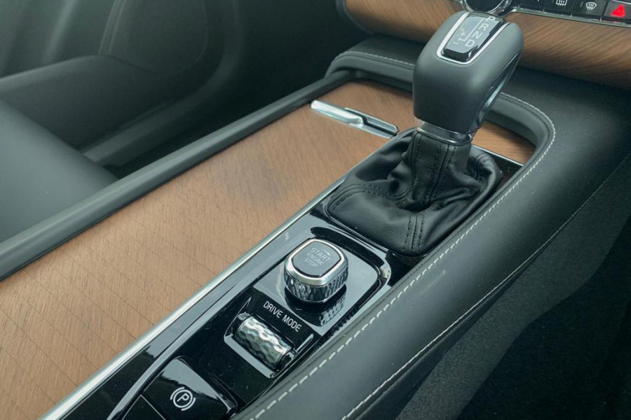 2019 Volvo XC90 L Series T6 Inscription Suv Mobile Image 10