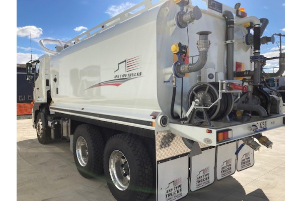 2021 Hino 500 Series  FM 2632 MEDIUM AUTO Tanker Image 3