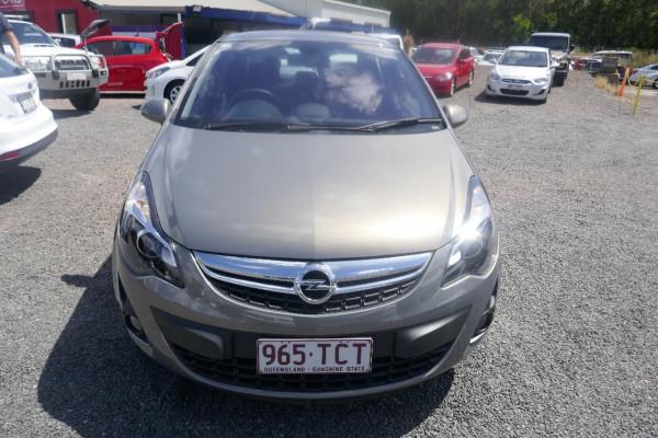 Opel Corsa Hatchback CO