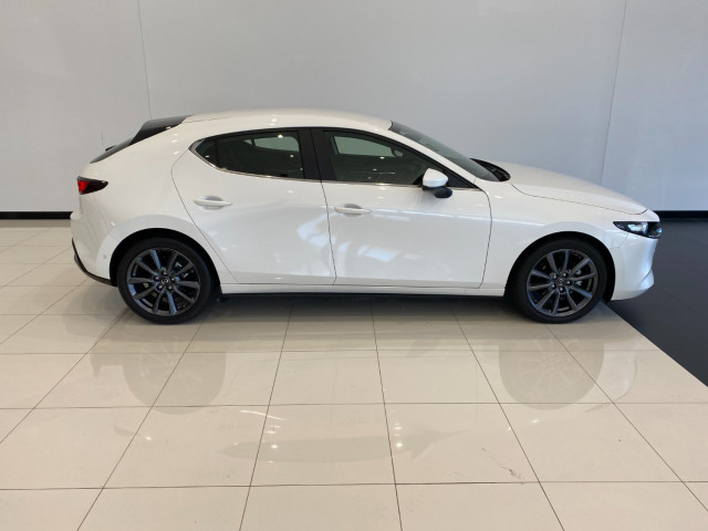 2020 MY19 Mazda 3 BP G25 Evolve Hatch Hatch Mobile Image 3