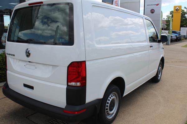 2021 Volkswagen Transporter T6.1 SWB Van Swb van Image 4