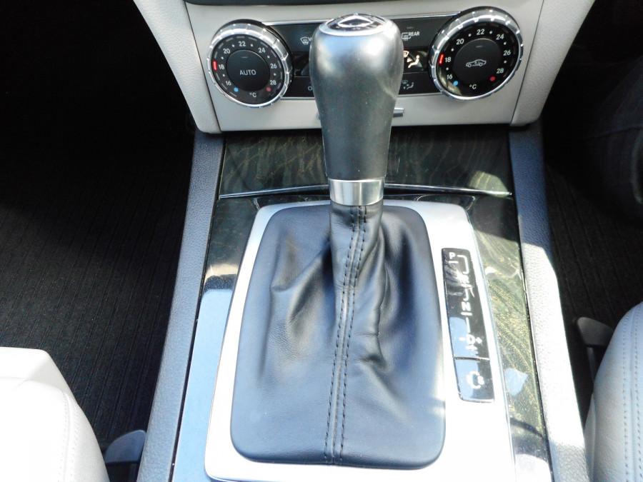 2014 Mercedes-Benz C-class W204  C250 CDI Avantgarde Sedan Image 16