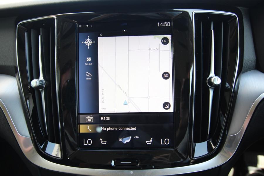 2019 MY20 Volvo V60 F-Series T5 Momentum Wagon Image 11
