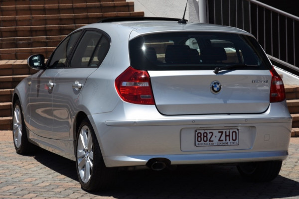 2010 BMW 1 Series E87 MY10 123d Hatchback Image 3
