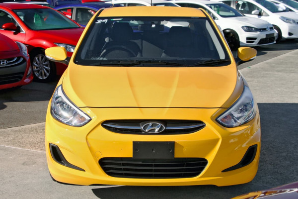 2016 Hyundai Accent RB4 MY16 Active Hatchback Image 4