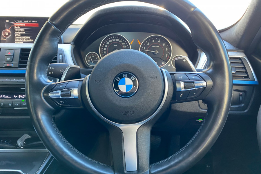 2015 BMW 3 Series F30 LCI 320I Sedan