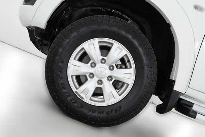 2015 Mitsubishi Triton MN MY15 GLX Utility Image 19