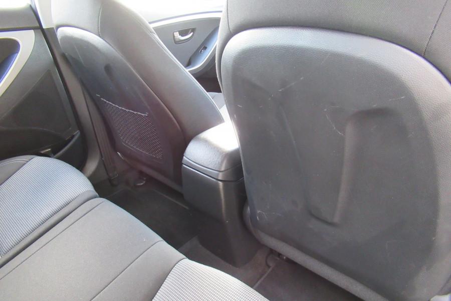 2016 MY17 Hyundai I30 GD4 SERIES II MY17 ACTIVE Hatch Image 11