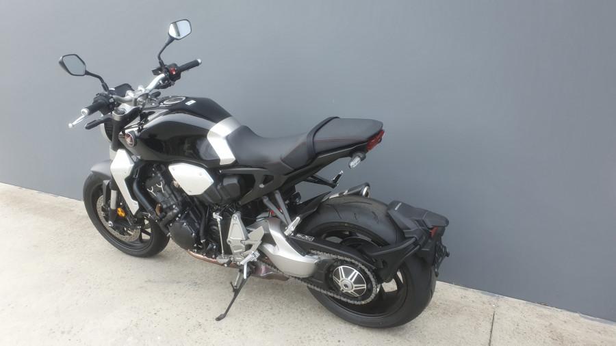 2019 Honda CB1000R CB1000R Image 12