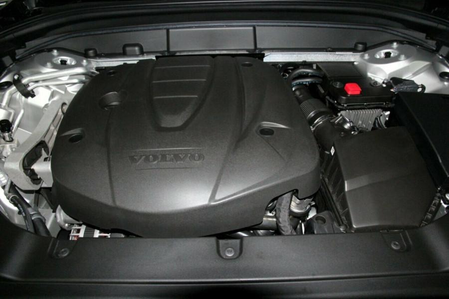 2019 MY20 Volvo XC60 UZ D4 Momentum Suv Mobile Image 20