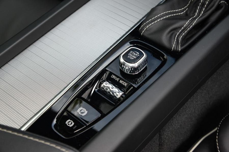 2019 MY20 Volvo S60 Z Series T5 R-Design Sedan Image 12