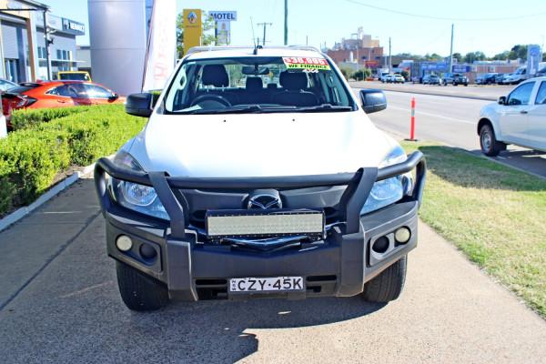 2015 Mazda BT-50 UR0YF1 XT Cab chassis - dual cab Image 3