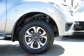 2019 Mazda BT-50 UR 4x2 3.2L Dual Cab Pickup XTR Utility Image 5