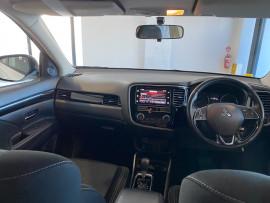 2018 MY19 Mitsubishi Outlander ZL MY19 ES Suv