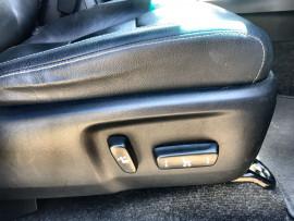 2018 Toyota HiLux GUN126R SR5 Dual cab Image 5