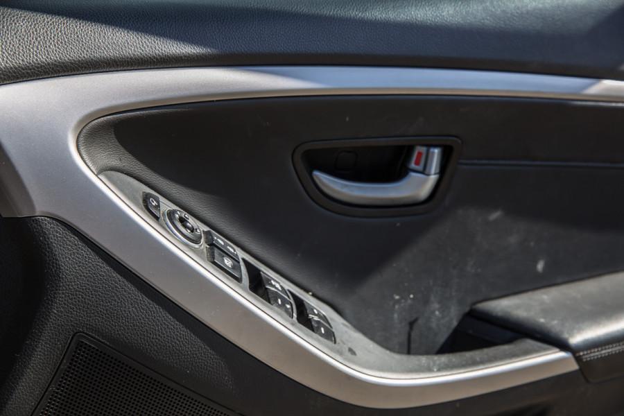 2014 Hyundai I30  GD2 TROPHY Hatch Image 27