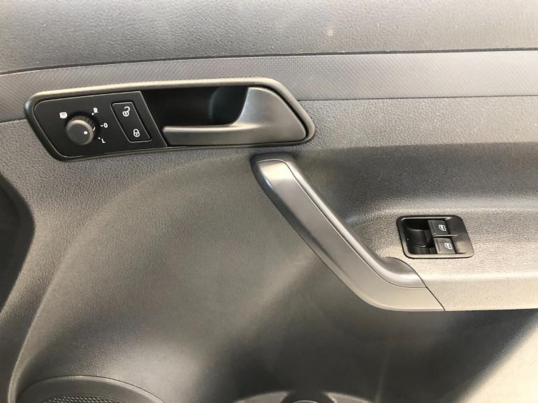 2014 Volkswagen Caddy 2KN Turbo TDI250 Van Image 9