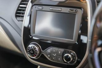2014 Renault Captur J87 Expression Hatchback Image 5