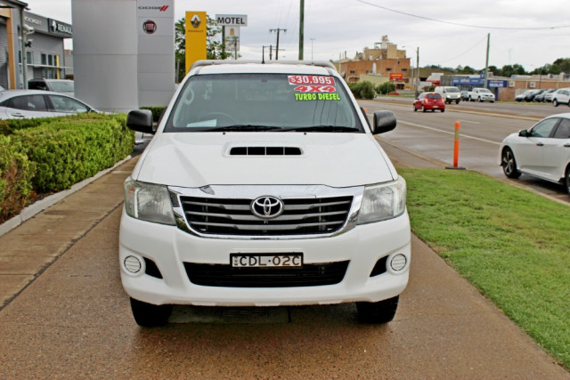 2011 MY10 Toyota HiLux KUN26R  SR Cab chassis - extended cab Image 3