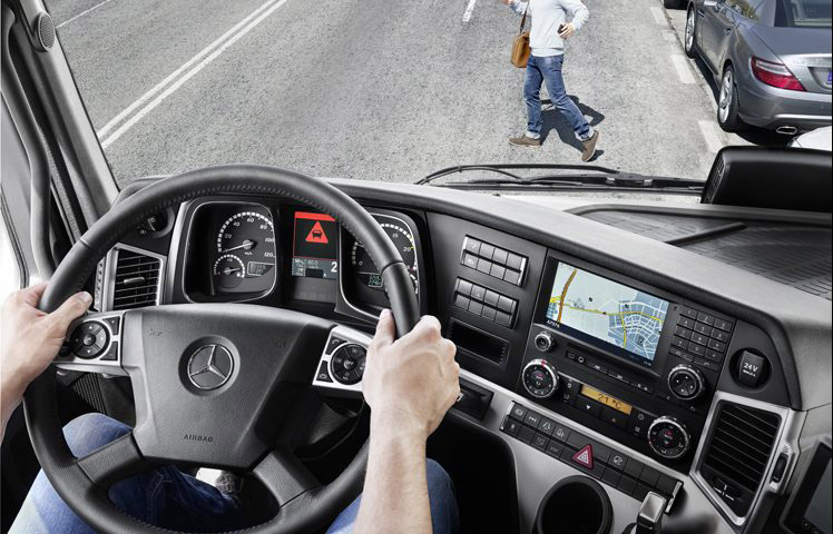 Actros Prime Movers Safety and assistance systems