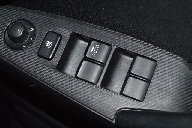 2015 Mazda 3 Neo 10 of 23