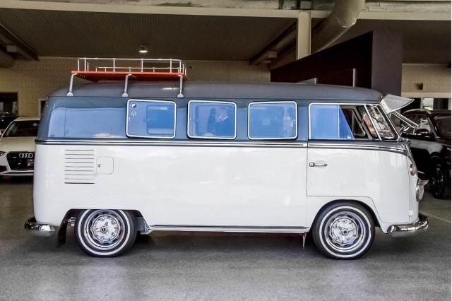 1966 Volkswagen Kombi Transporter Type 1 Double Door Van