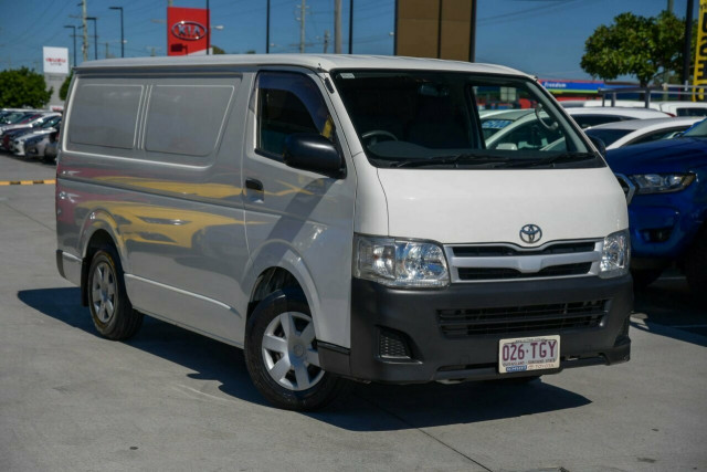 2013 Toyota HiAce LWB