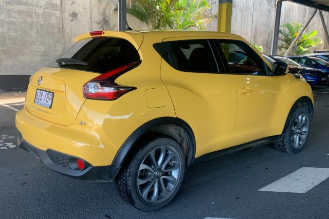 2016 Nissan JUKE Hatchback Image 3