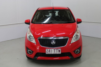 2011 Holden Barina Spark MJ MY11 CD Hatchback Image 2