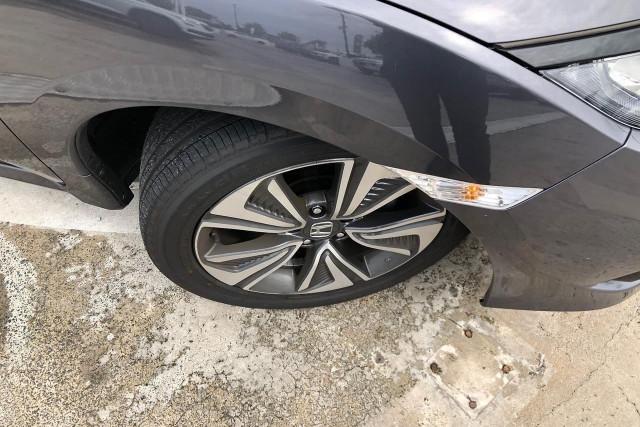 2019 Honda Civic Hatch 10th Gen VTi-L Sedan Image 5
