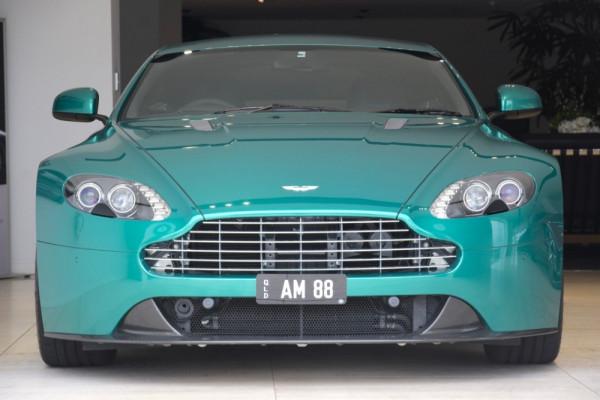 2011 Aston martin V8 MY11 Vantage Coupe Image 2