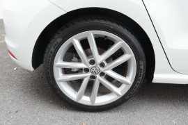 2016 Volkswagen Polo 6R MY16 81TSI Hatchback Image 5
