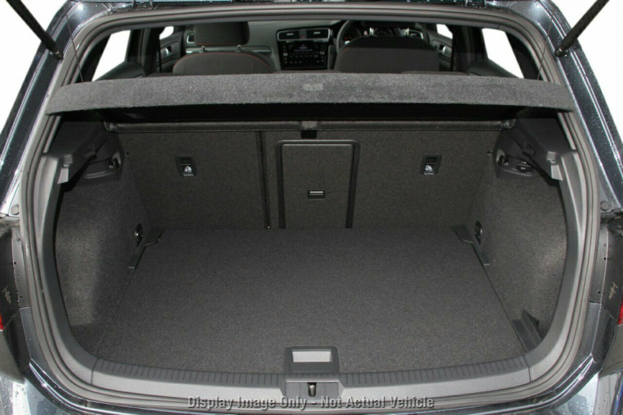 2020 Volkswagen Golf 7.5 GTI DSG Hatchback Image 10