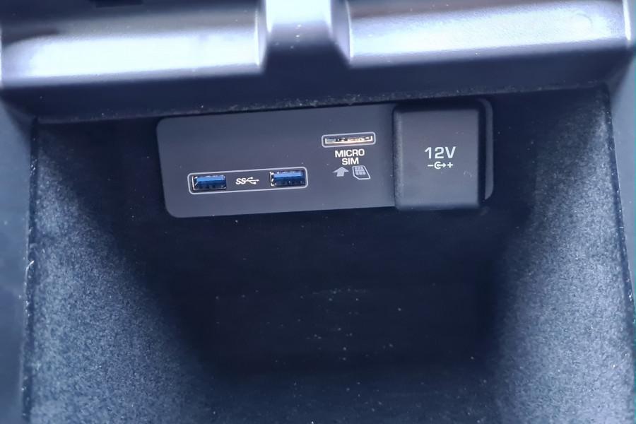 2019 MY20.25 Land Rover Range Rover Evoque L551 MY20.25 P250 Suv Image 16