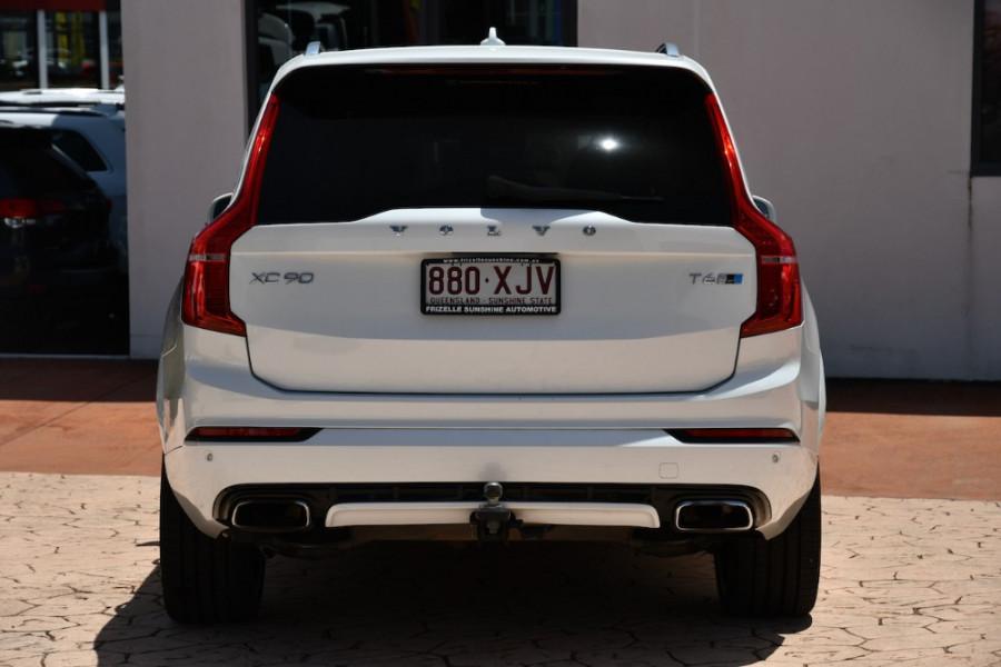 2017 Volvo XC90 Vehicle Description. L  MY17 T6 R-DESIGN WAG GEAR 8SP 2.0TSC T6 Suv Image 4