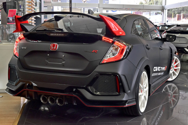 2018 Honda Civic Hatch 10th Gen Type R Hatchback Image 2