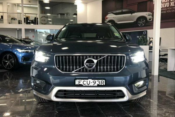 2018 MY19 Volvo XC40 T4 Inscription (AWD) Suv Image 2