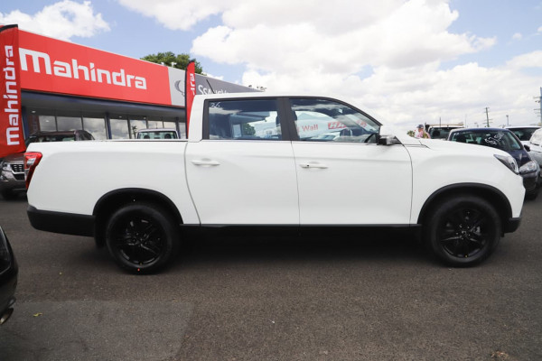 2021 MY20.5 SsangYong Musso Q200 Ultimate Utility Image 3