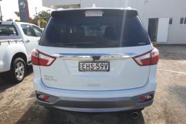 2020 MY19 Isuzu UTE MU-X LS-T 4x4 Wagon Mobile Image 5